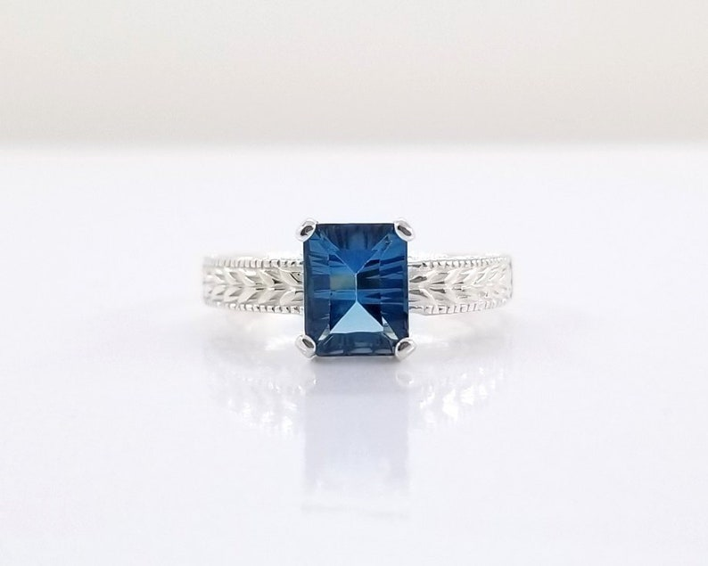 2 ct London Blue Topaz Ring in Sterling Silver / Unique image 0