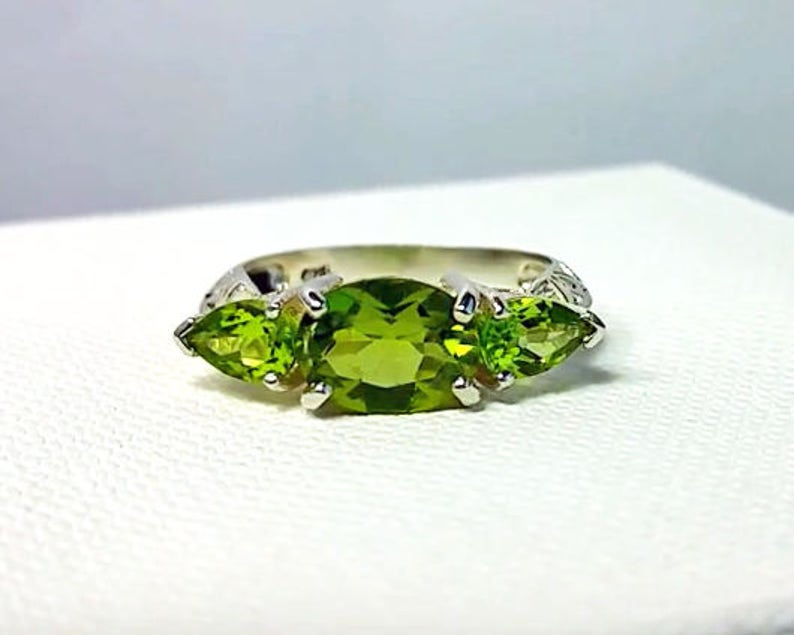 Peridot 3 Stone Ring in Sterling Silver / Art Deco Vintage image 0