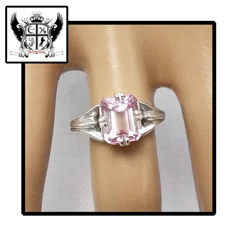 3.4 ct Light Pink Kunzite Ring in Sterling Silver  / Natural image 0