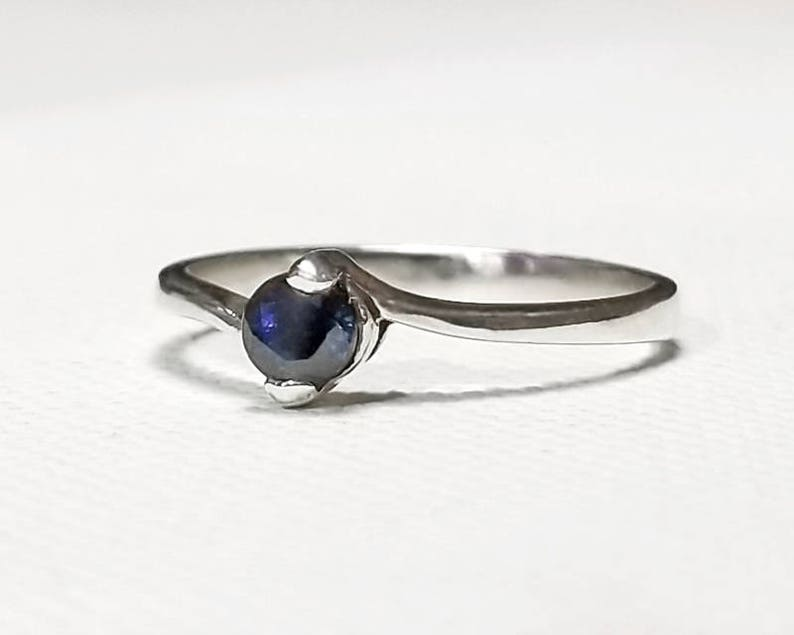 1/3 ct Blue Sapphire Ring in Sterling Silver / Natural image 0