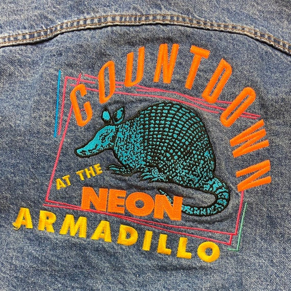 Rare Vintage 1990s Countdown at the Neon Armadillo