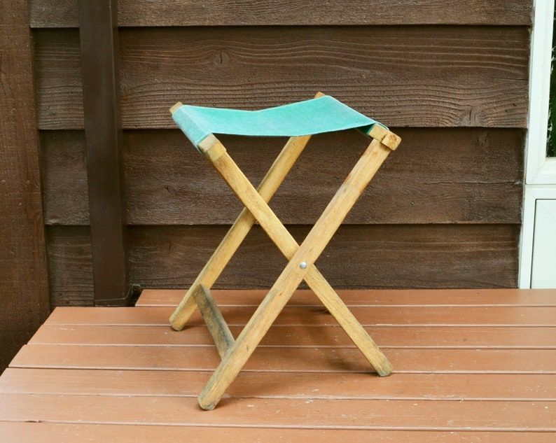Fabulous Vintage Camp Stool Green Canvas Folding Stool Rustic Cabin Decor Camellatalisay Diy Chair Ideas Camellatalisaycom