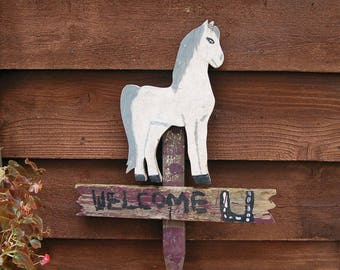 Folk Art Horse Welcome Sign on Wood, Primitive Garden Sign, Weathered Painted Horse, Wooden Garden Welcome Sign, White Horse, Garden Sign