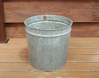 Galvanized Sap Bucket, 2 Gallon Galvanized Sap Bucket, Vintage Bucket, CAN Co Sap Pail