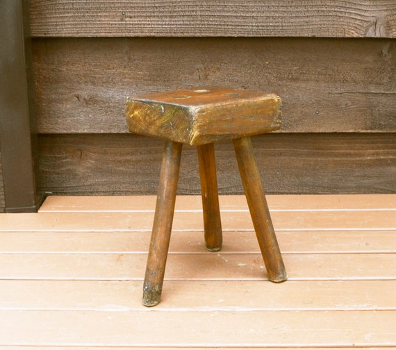 Awe Inspiring Primitive Milking Stool Rustic 3 Leg Wooden Stool Antique Stool Gamerscity Chair Design For Home Gamerscityorg