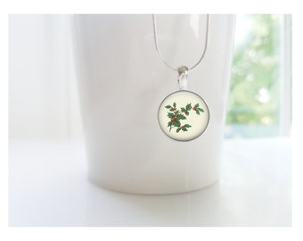 Holly December Birth Flower of the Month Pendant, Sterling Silver Birthday Necklace, Bridesmaid Gift, Birth Month Flower Gift