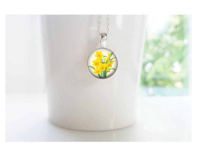 Daffodil March Flower of the Month Pendant, Sterling Silver Birthday Necklace, Bridesmaid Gift, Birth Month Flower Gift
