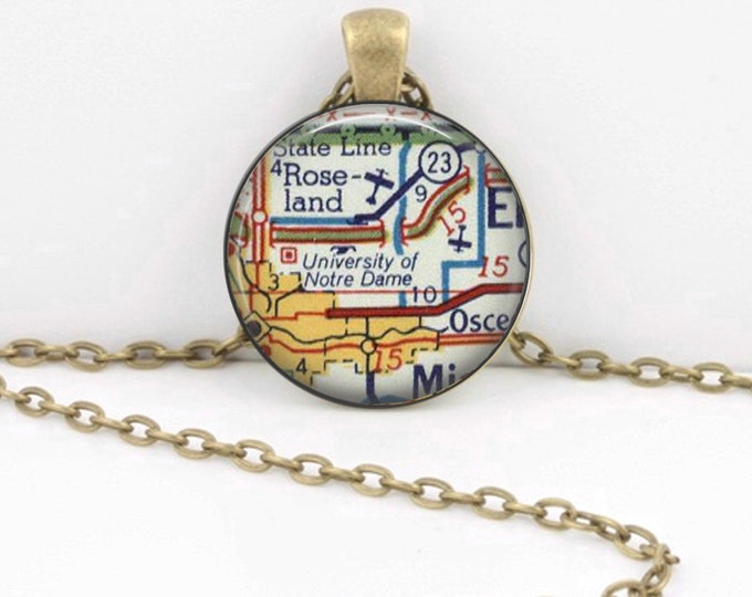 University of Notre Dame Indiana map necklace pendant charms jewelry charm, map jewelry, Key Ring Key Chain Gift
