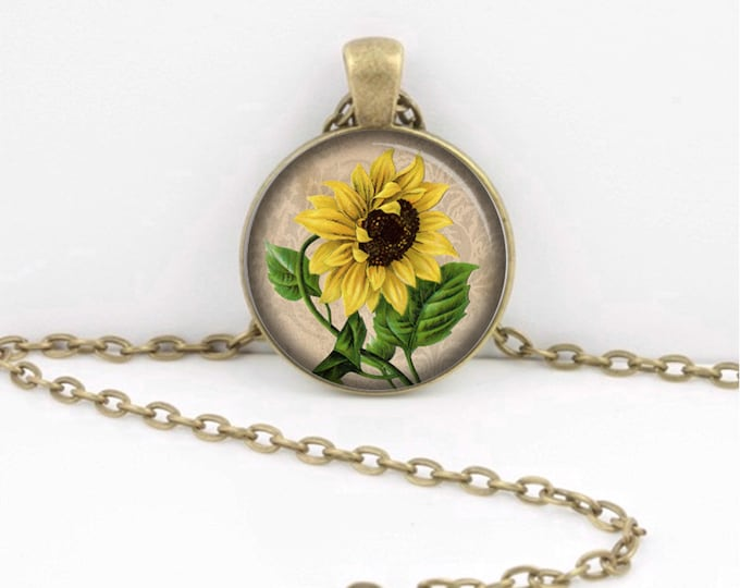 Sunflower Necklace -- Vintage Sunflower -- Floral -- Flower Gardening Pendant Necklace or Key Ring