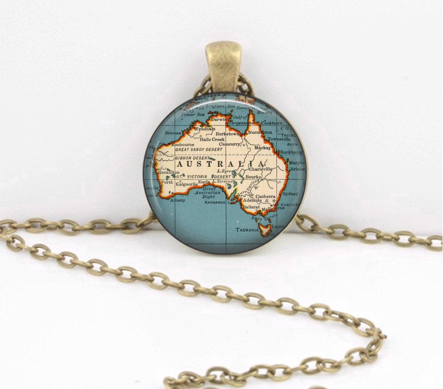 Australia Map Key.Australia Map Pendant Geography Gift Pendant Necklace Or Key Ring