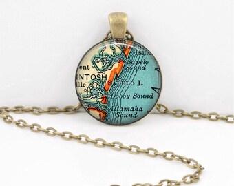 Sapelo Island Georgia map necklace pendant charms jewelry charm, map jewelry, Key Ring Key Chain Gift