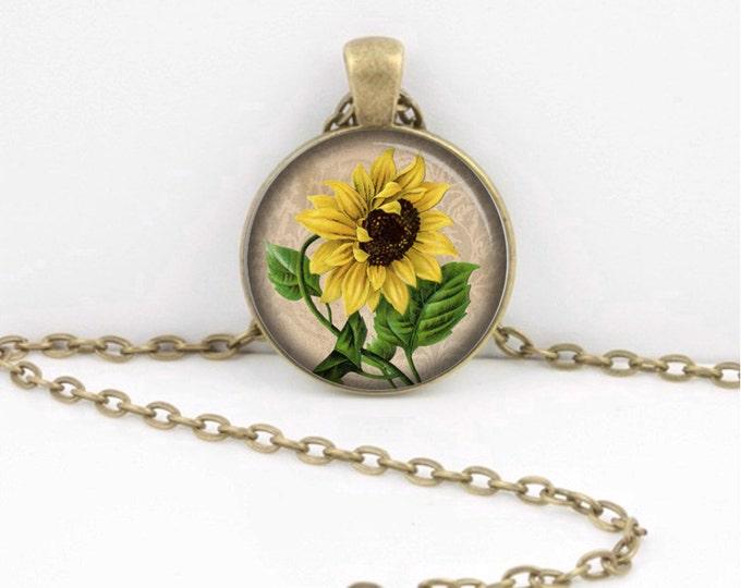 Sunflower Necklace -- Vintage Sunflower -- Floral -- Flower Gardening Pendant Necklace or Key Ring