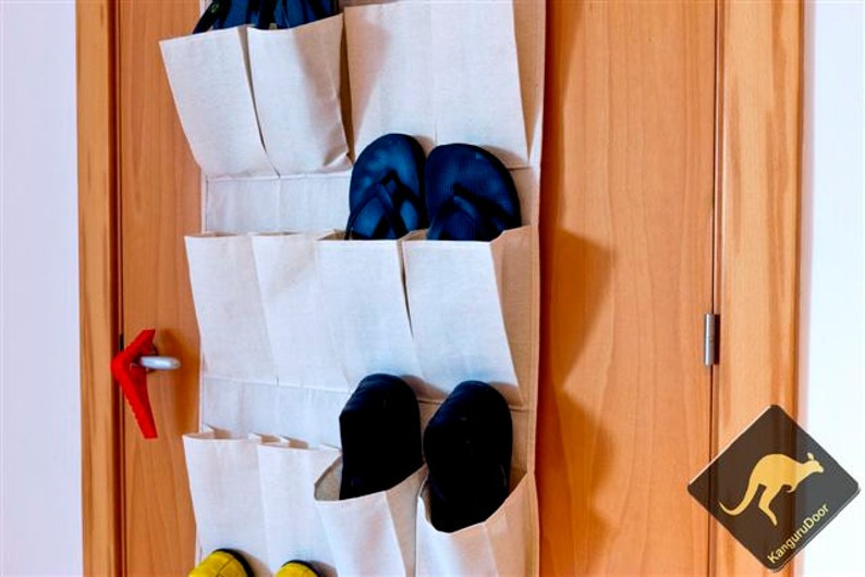 Small space living hacks are the best hacks for those who live in small places. Over-the-door organizers will become your best friend!