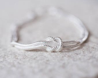 Tying The Knot Bracelet with Personalized Gift Box, Wedding Bracelet, Sterling Silver (GEC01987-28B1))