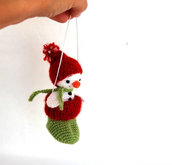 amigurumi pequeño muñeco de nieve en media decoración de la | Etsy