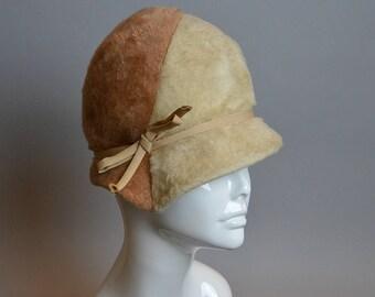 a541a978678 Vintage Faux Fur Cloche   60s does 20s Vintage Hat   2 Tones Faux Fur Mod  Cloche (F1)