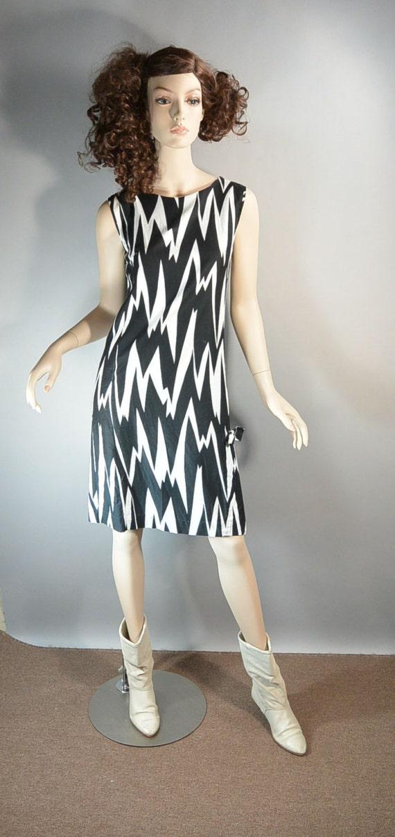 60s Does 20s Cotton Shift Dress// Mod Cotton Dress