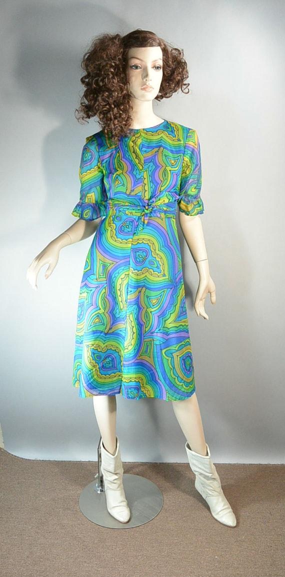 Psychedelic Mod 60s Dress// Mod Shift Dress// Chif