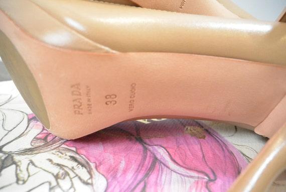 Prada Nude Pumps// Vintage Prada like New// 90s P… - image 3