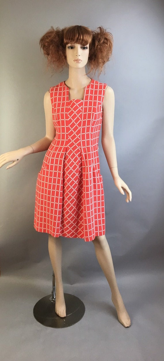 Vintage Mod Dress// 60s Mod Sheath Dress// Vintage