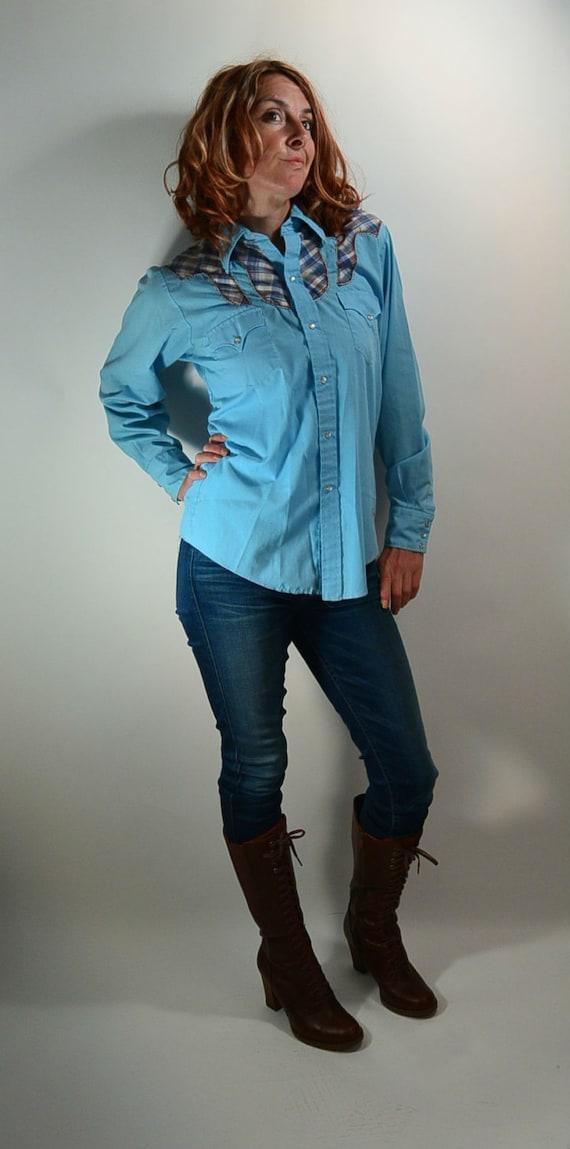 Vintage Western Shirt// Baby Blue Cowboy Shirt// 7