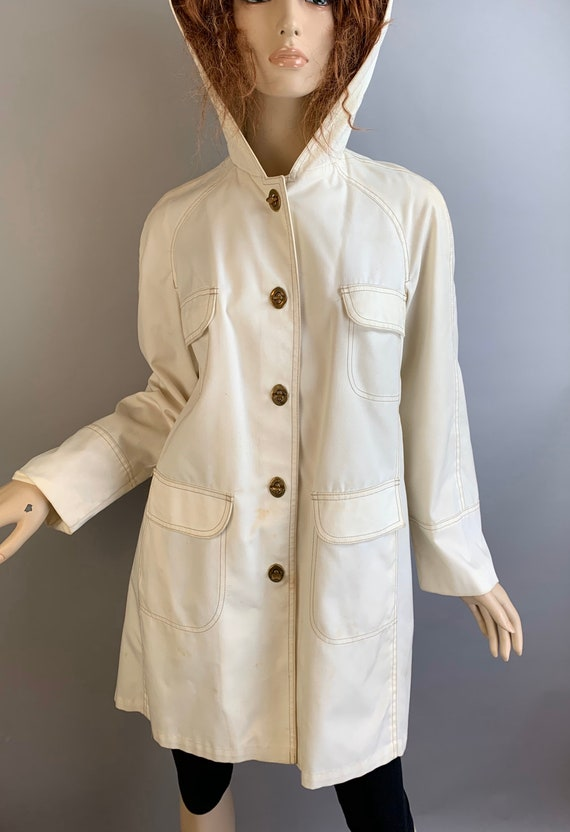 Vintage Raincoat// Toggle Raincoat// 60s Mod Rainc