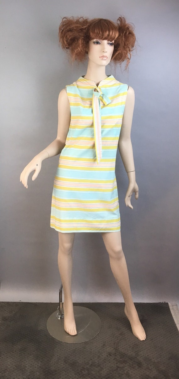 60s Mod Dress// Pastel Mod Shift Dress// Vintage S