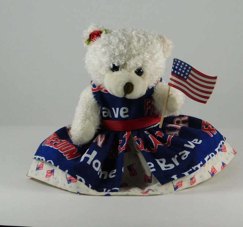 July 4th Holiday Décor in Red White and Blue Patriotic image 0