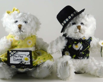 Daisy Gifts for Women, Daisy Home Decor, You Are Loved Gift with Plush Teddy Bears for Wife, Gift for Mother's Day