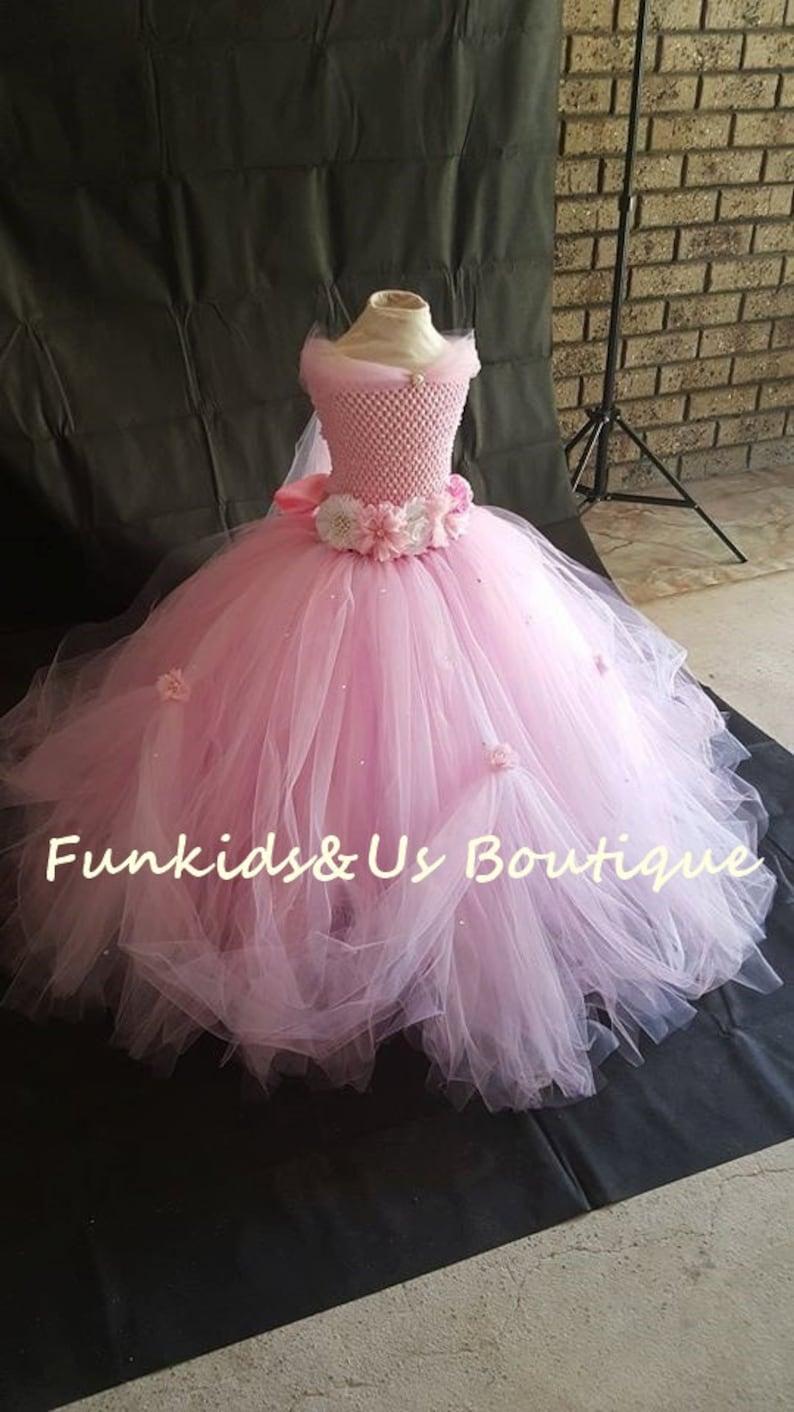 085cfb8f9bd509 Belle robe de princesse Tutu blanc rose avec strass - parfait pour les  mariages, séances de photos, etc.