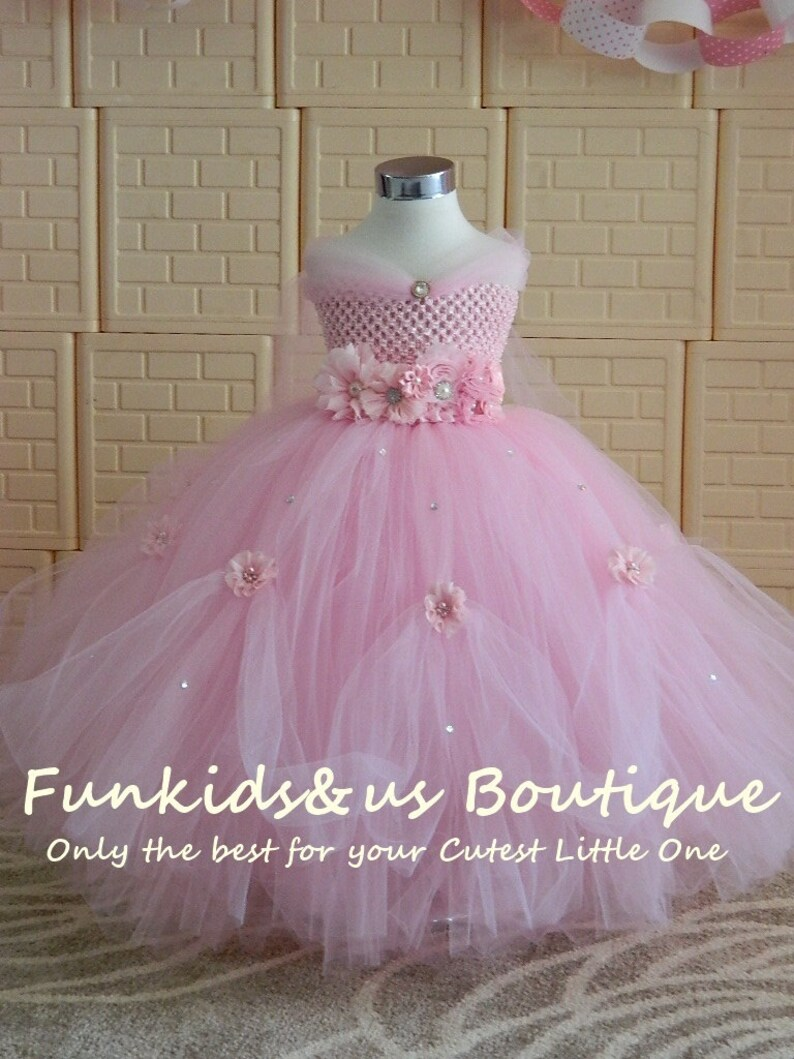 a1b7d7a1a9ea3b Belle robe Tutu princesse rose avec strass - parfait pour les mariages,  séances de photos, etc.