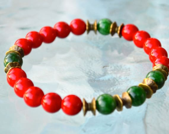 Red Coral Green Jade Wrist Mala Beads Healing Bracelet - Attracts love Assists clear reasoning, Inventiveness, Balanced opinion Truthfulness