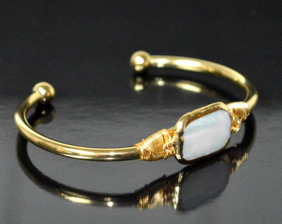 Pearl Bracelet Freshwater Pearl Cuff Bracelet Boho Raw Brass Bangle Bracelet Square Baroque Pearl Bracelet Bridesmaid Gift Wedding Jewelry