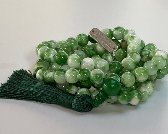 Mixed Jade Green and white green 8 mm Mala Beads Necklace, Yoga Jewelry - increased mercy, unselfishnes, manifestation, heart chakra, love
