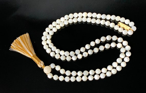 Mother of Pearl Necklace Moon  Women Jewelry Semi Precious Mala Beads 108, Knotted Prayer Beads, Relationship gifts, Meditation, Japa, Yoga
