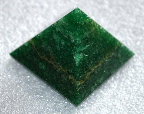 "Reiki Healing Green Jade Pyramid Heart Chakra Healing Oregon pyramid Balancer Gemstone Pyramid Chakra Stones quartz energy 1.75-2"" Inches"