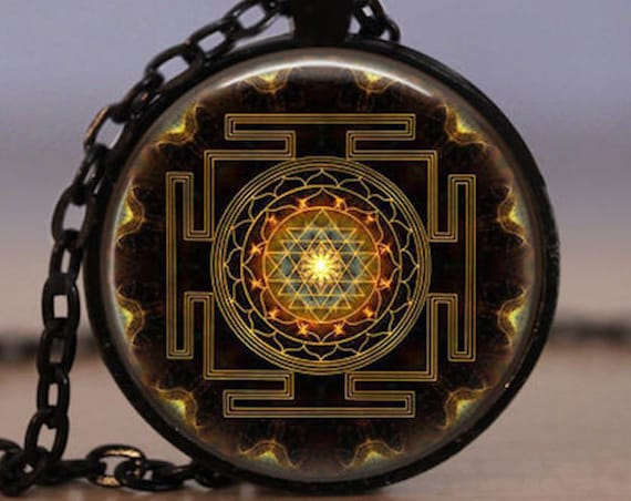 Energized Sri Yantra Yantram necklace mandala kavach buddhist sacred geometry jewelry sri yantra pendant spiritual yoga jewelry gift men's