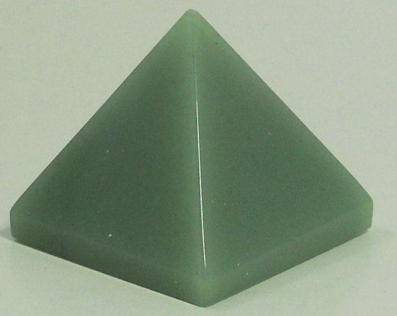 Green Aventurine Chakra Energy Pyramid Healing Crystals and Stones, Rose Quartz Clear Quartz Gemstone Pyramid stones pendulum, Reiki