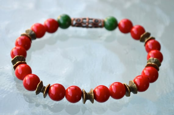 8 mm Red Coral Green Jade Wrist Mala Beads Bracelet - Attracts love Assists clear reasoning Inventiveness Balanced opinion Truthfulness