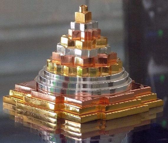 Energized Sri Shri Maha Meru Yantra Laxmi Maha Lakshmi yantra swarna lucky charm amulet Spiritual yantra for abundance money meditation chak