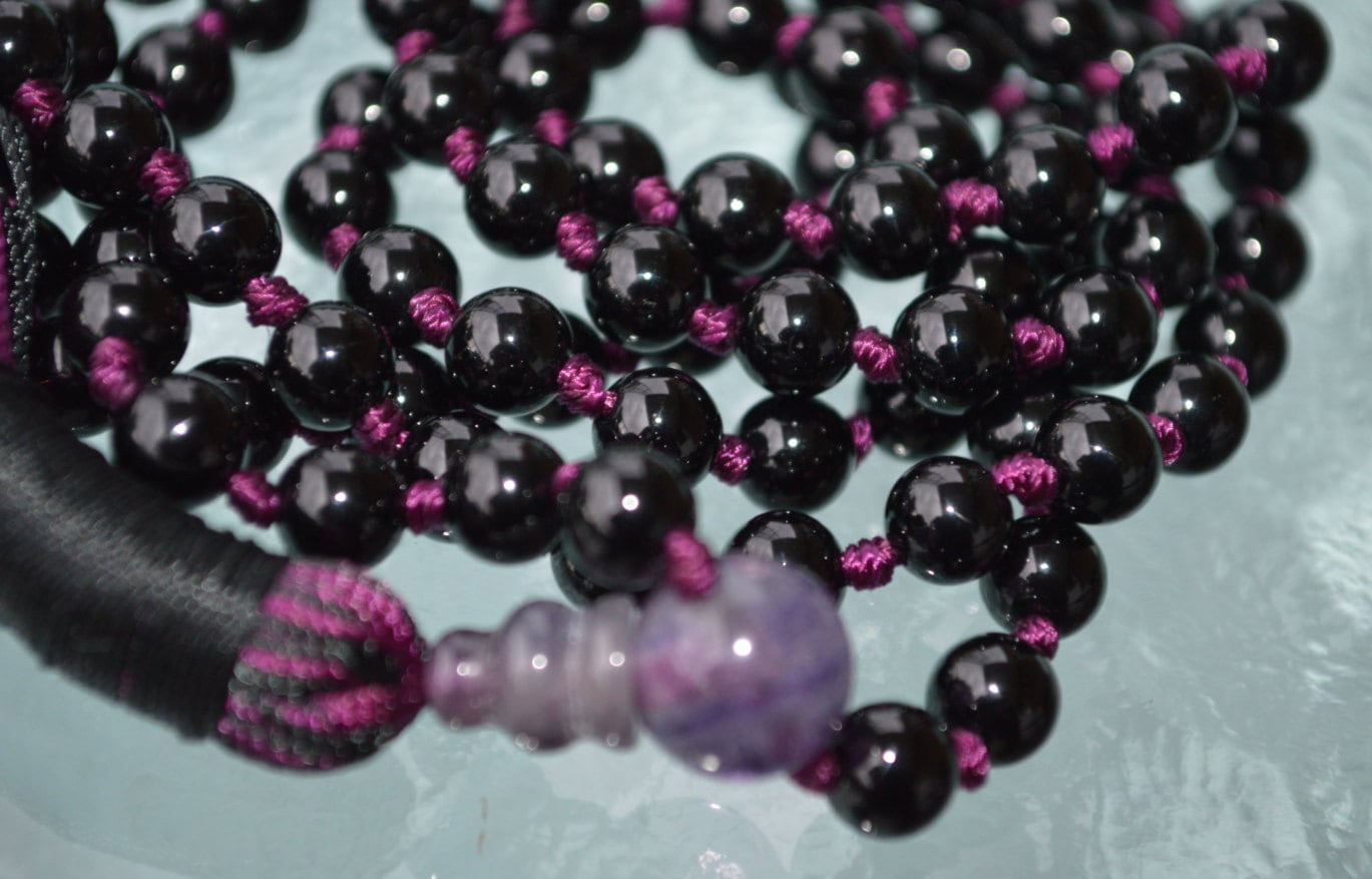 Beads 108; Bead size 8 mm Crystal Reiki Healing Natural Stone Black Tourmaline Knotted Mala /& One Bead Bracelet Length 42 inch String