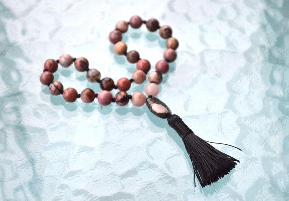 Rhodonite beads, Knotted Mala Beads, Quarter mala Necklace - Calming, Emotional Balance, Love, healing trauma and abuse issues,Immune system