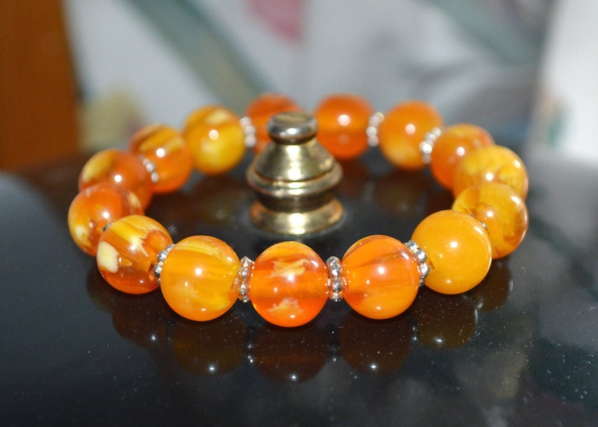 Amber Mila Bracelet - Ground Amber mixed with Natural Resin