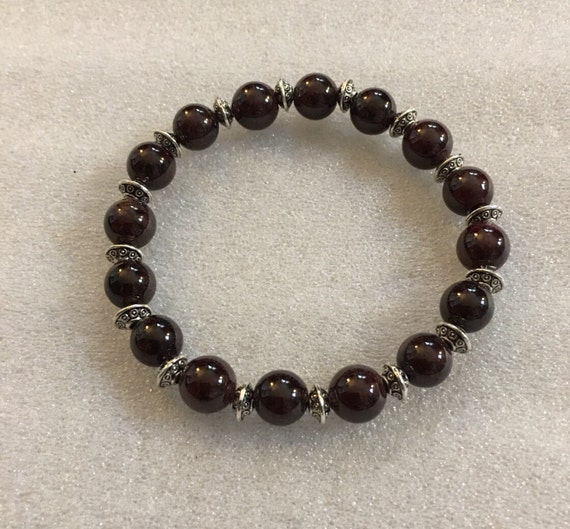 8 mm Garnet Mala Bead Healing bracelet - Emotional Protection, Sexual Tensions,Marital Disputes, Gemstone to Overcome fears and Insecurities