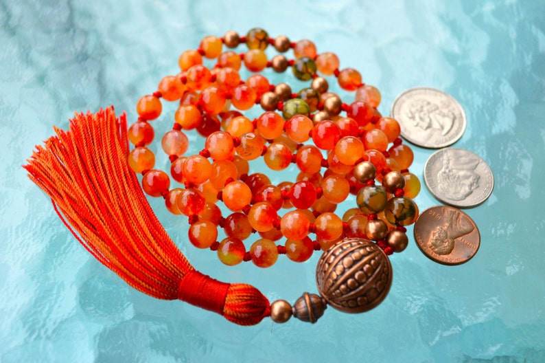 Spiritual P For Stress Relief Heart Chakra Nirvana Orange Jade Agate /& Copper Prayer Beads Hand Knotted Mala 8 mm 108 Beads Necklace