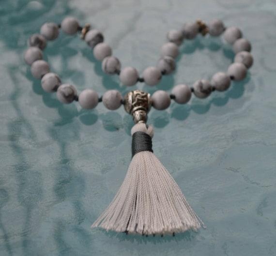 8mm White Howlite Mala Beads, Mini Travel Mala Prayer Beads 27, Yoga, Meditation, Midnight Moon, Crescent Moon Charm, Gift