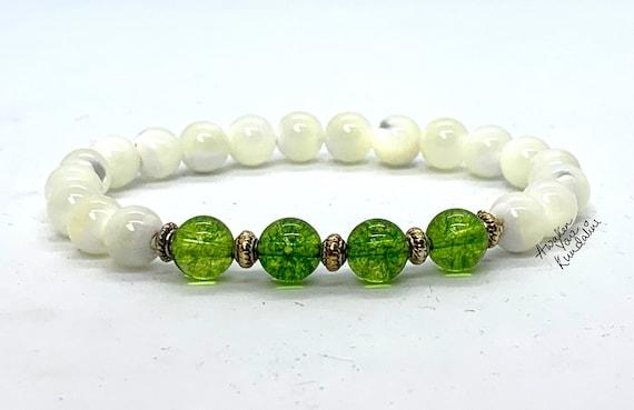 Peridot & Mother of Pearl Bracelet Leo Birthstone Wedding Jewelry White and Green Women sterling silver Beade bracelet jewelry jewellery