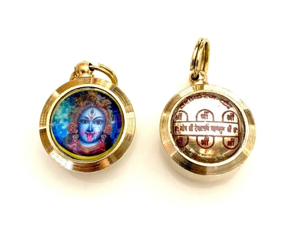 Vashikaran Yantra Kavach Amulet Pendant- For Attracting Love, Enchanting and bringing someone in your life Christmas gifts