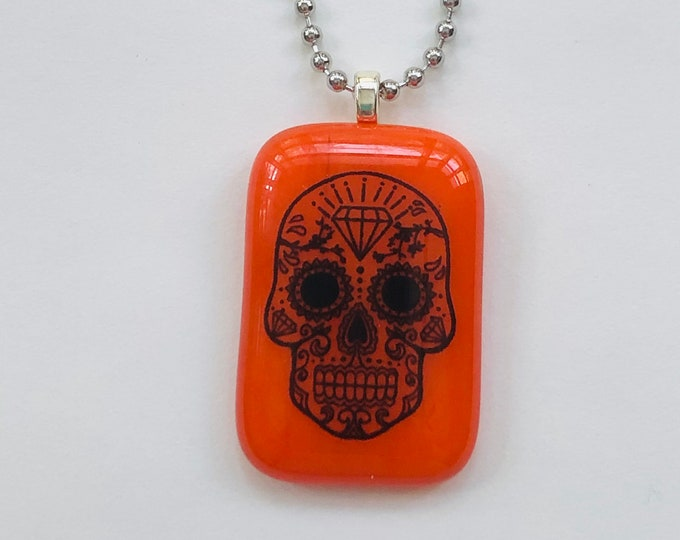 sugar skull necklace, day of the dead necklace, decorative skull necklace, sugar skull pendant, orange and black day of the dead pendant,