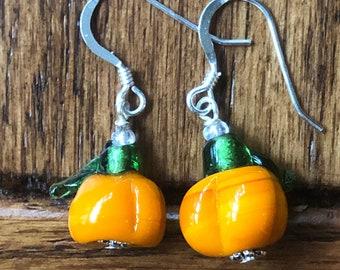Pumpkin earrings, pumpkin dangle earrings, sterling silver glass pumpkin earrings, lampwork glass pumpkin earrings, fall earrings, pumpkins.